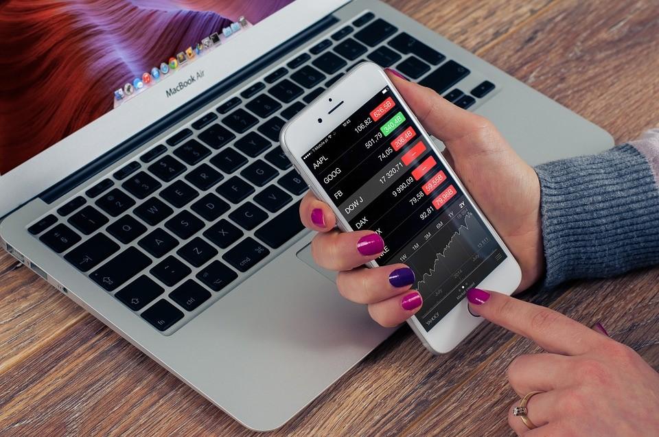 Aktien prüfen vom Handy